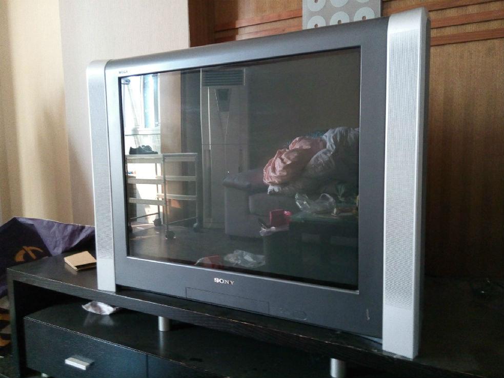 出售索尼crt电视机一台