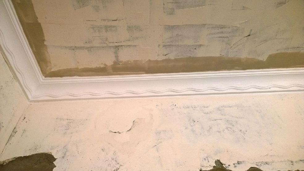 原本客厅不想用石膏线