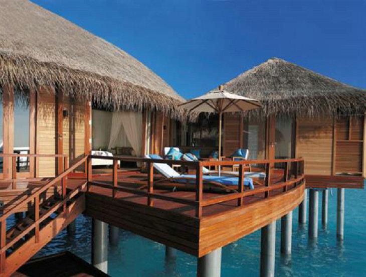 去马尔代夫旅游浪漫水屋魅力沙屋你更爱哪个