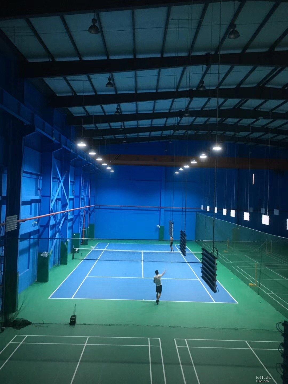 室内网球.jpg