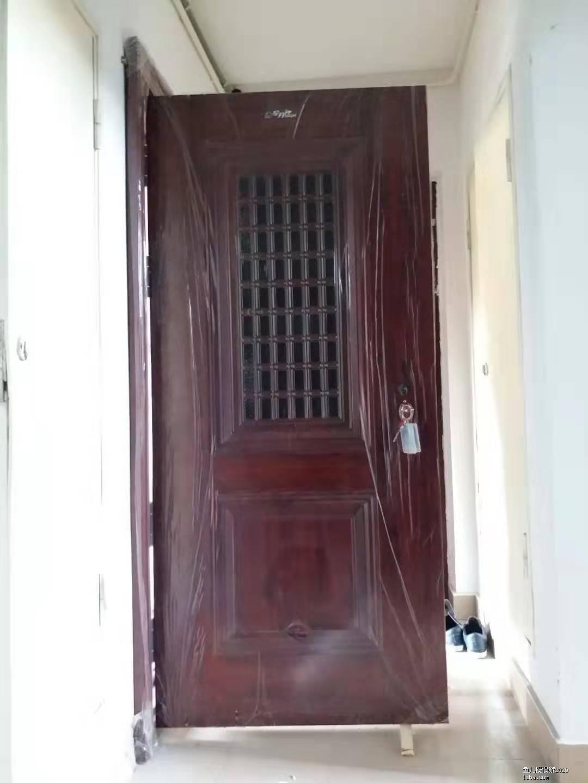 防盗门.jpg
